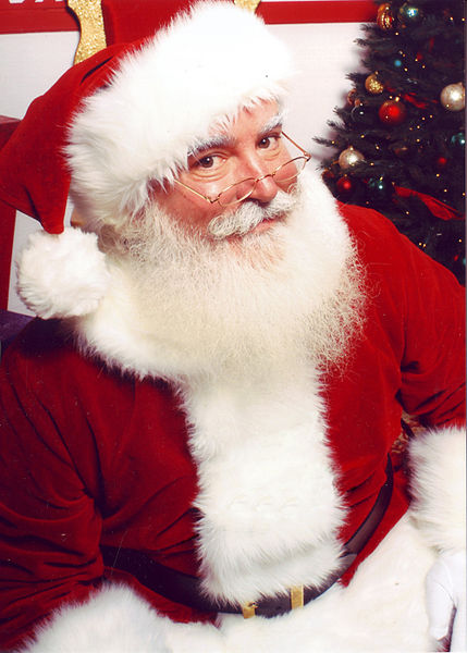 429px-Jonathan_G_Meath_portrays_Santa_Claus