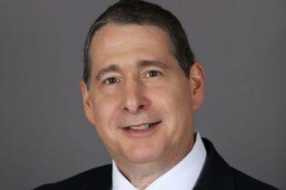 Picture of Douglas Neibloom – CFO, Miami (FL)